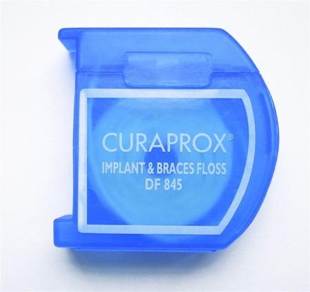 CURAPROX DF845 Implant&Braces Floss - nić do implantów i aparatów ortodontycznych