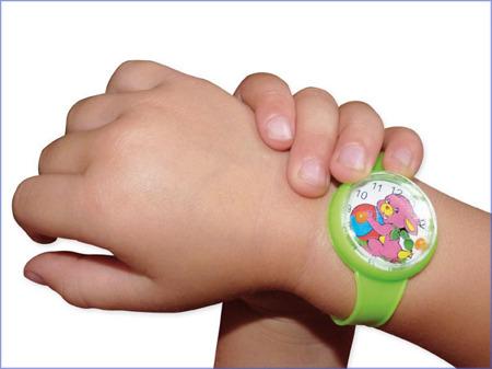 MIRATOI Nr. 7 - zegarek z grą zręcznościową na rękę, nagrody dla Dzielnego Pacjenta, 84 sztuk